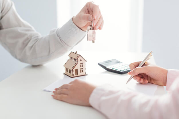 כמה עולה דירה בכרמי גת?