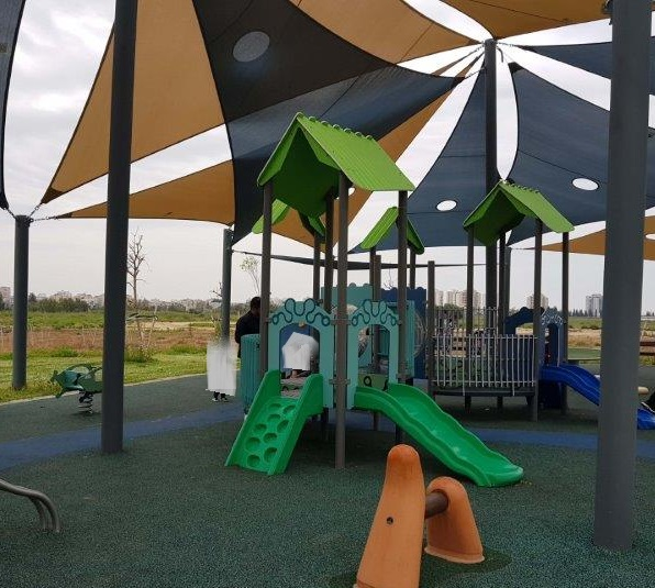 פארק שעשועים לילדים