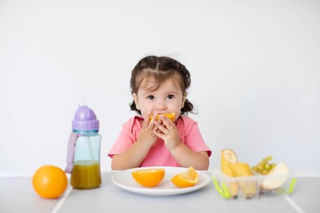 עוברים לאכול מכלים רב פעמיים בצהרוני הגנים: הכלים החד פעמיים ייצאו מהגנים