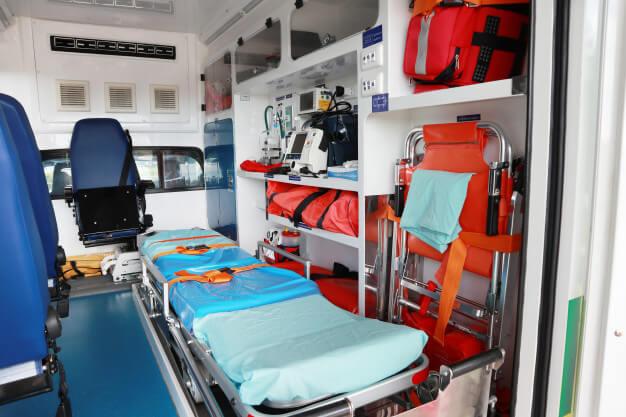 בן 80 נפצע מנפילה מגובה בקריית גת