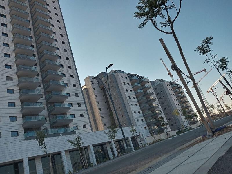 הבניין הגבוה ביותר בקריית גת בהנרייטהסאלד בכרמי גת