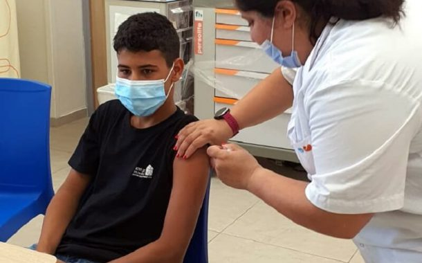 מאוחדת החלה לחסן מתבגרים בני 12-16 נגד נגיף הקורונה